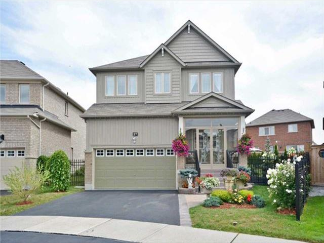 27 Overhold Cres Richmond Hill