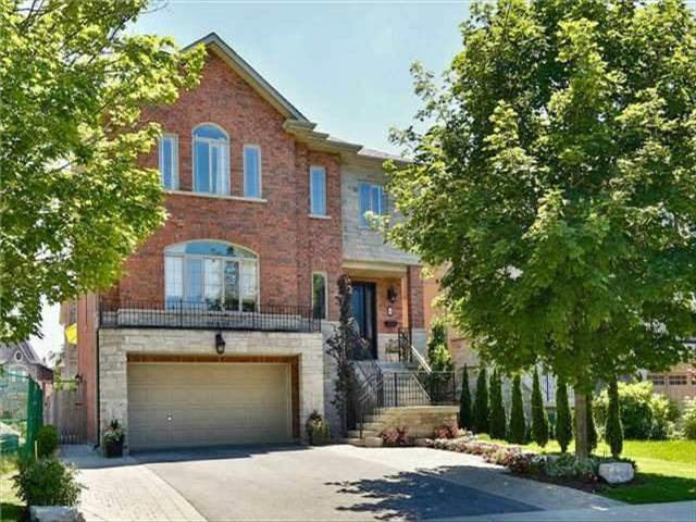 25 Oak Ave Richmond Hill