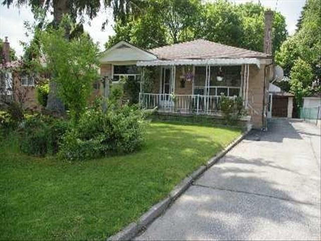 73 Cartier Cres Richmond Hill