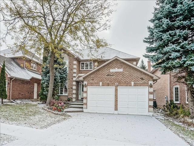 17 Fanshawe Dr Richmond Hill