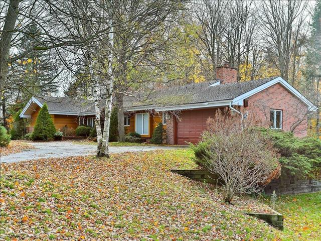 180 Woodland Acres Cres Vaughan