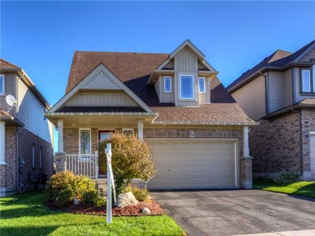 66 Dinnick Cres