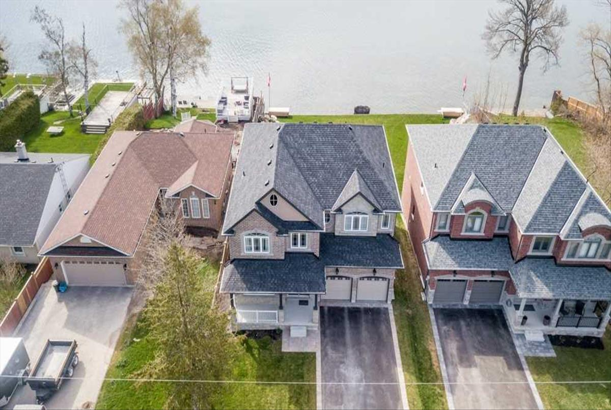 681 Lakelands Ave Innisfil Ryan Ahadian